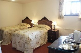 stanley arms torgate room